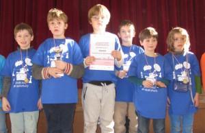 Unsere Sieger in der WK VI (Klasse 1 + 2) - Gustav, Anton, Wladimir, Collin, Bela und Ben (v.l.n.r.)